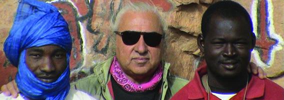 pietruccio montalbetti - con un Tourareg è un Mandingo mie due guide nel villaggio Dogon
